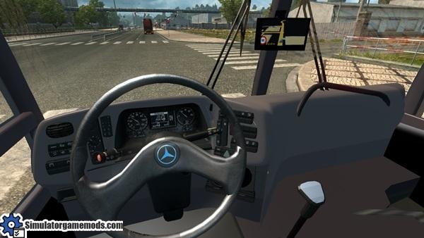 mercedes-benz-bus-2