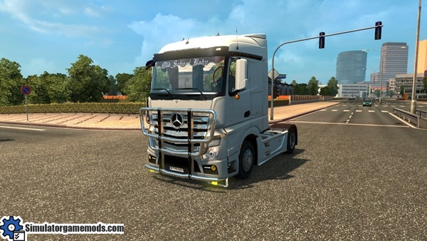 mercedes-benz-mb4-truck-1