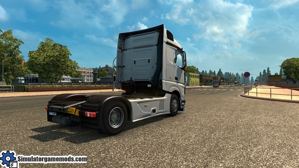 mercedes-benz-mb4-truck-3