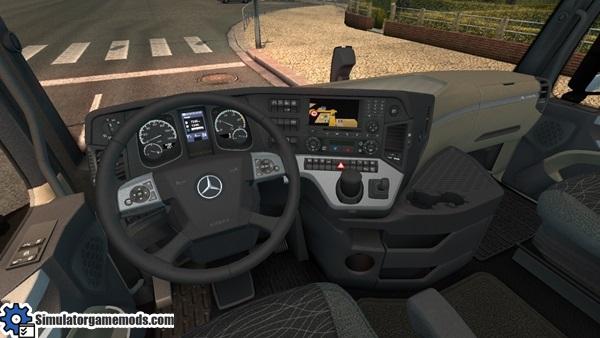 mercedes-benz-mp4-truck-2