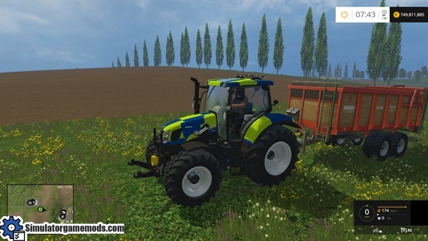New_Holland_T6_police-tractor-1