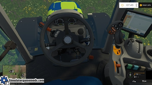 New_Holland_T6_police-tractor-2