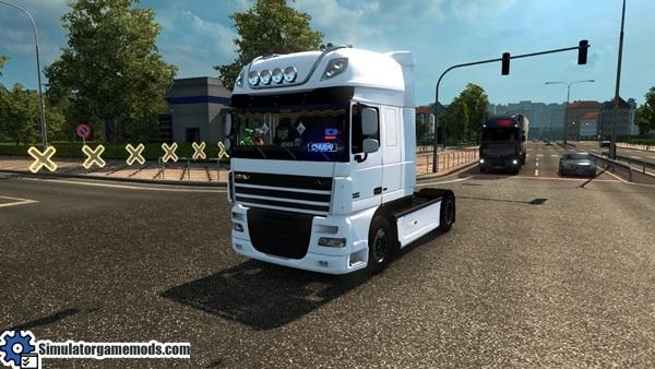 daf_xf_105_chudy_truck_1