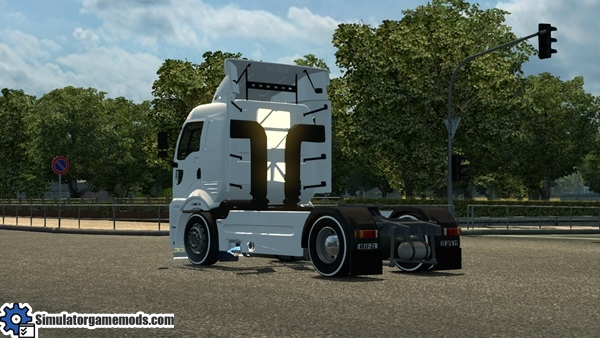 ford-cargo-truck-3
