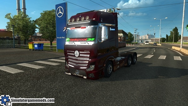 mercedes-benz-mp4-truck-1