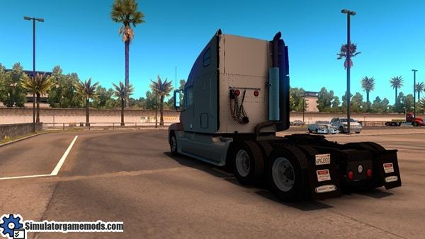 freightliner-century-truck-3