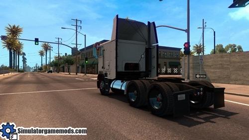 freightliner_flb_3