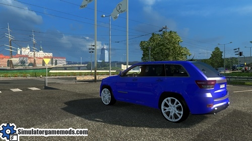 jeep_grand_cheeroke_srt8_car_3