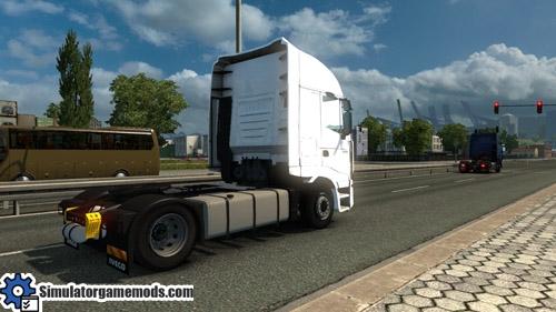 Iveco_stralis_truck_03