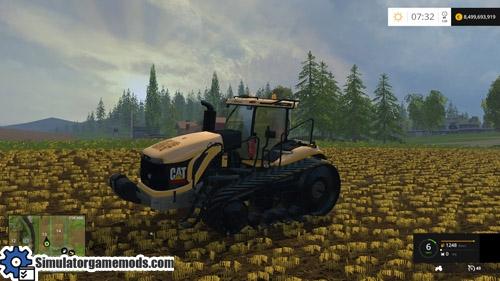 cat_challenger_mt_pallet_tractor_03