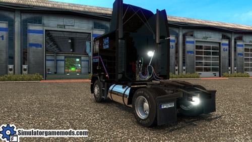 freightliner_flb_03
