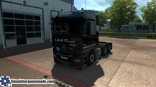 mercedes-benz-mp2-truck-01