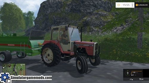 mf_698_old_tractor_01
