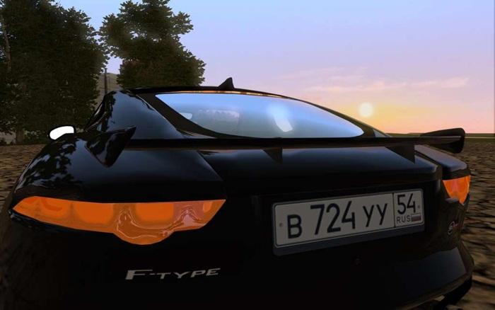 jaguar-f-type-svt-02