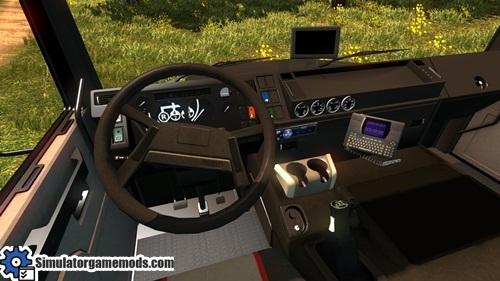 volvo_edc_truck_02