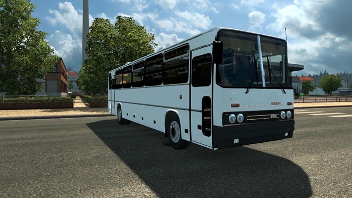 ikarus_250_bus_03
