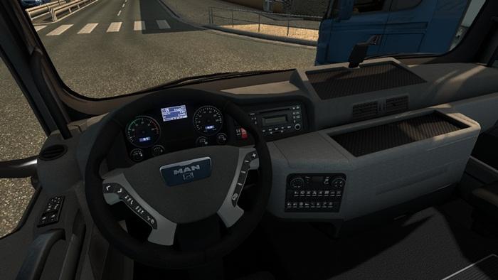 man_tgx_10x4_truck_02