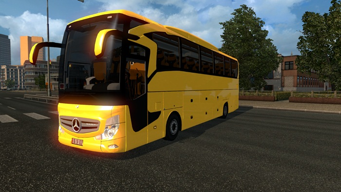 mercedes-benz-travego-bus-2016-01