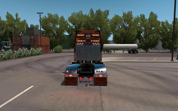ATS - Peterbilt 579 Custom Truck (1 34 x) | Simulator Games